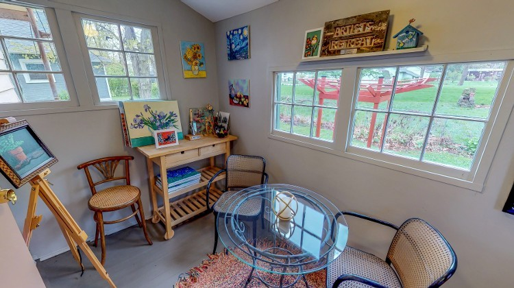 Our Art Studio is a Beautiful Three Seasons Room that Overlooks our Garden. Facing east, it is the perfect place to enjoy your Morning with a Cup of Coffee. Here we Also Offer Art Supplies Such as Paint and Canvases for Your Creative Enjoyment.